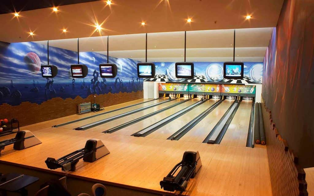 Best Bowling Alley Pos Systems Manage Lanes Faster
